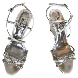 Badgley Mischka White and Silver Gisele Wedges Formal Size US 7 Regular (M, B)