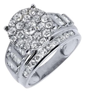 Jewelry Unlimited 10K White Gold Flower Round and Baguette Diamond Ring 2.0ct.