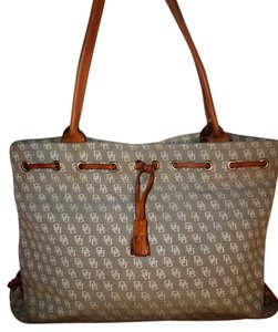Dooney & Bourke Vintage & Canvas Tote in Gray