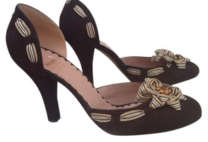 Moschino Bown Pumps