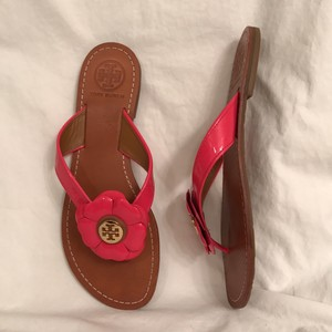 Tory Burch Flip Flop Thong Leather Patent Leather Flats Pink Sandals