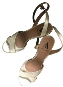 Ava & Aiden Platinum Wedges