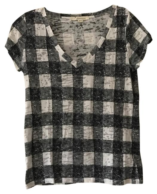 Preload https://img-static.tradesy.com/item/21286416/forever-21-black-and-white-checkered-tee-shirt-size-8-m-0-1-650-650.jpg