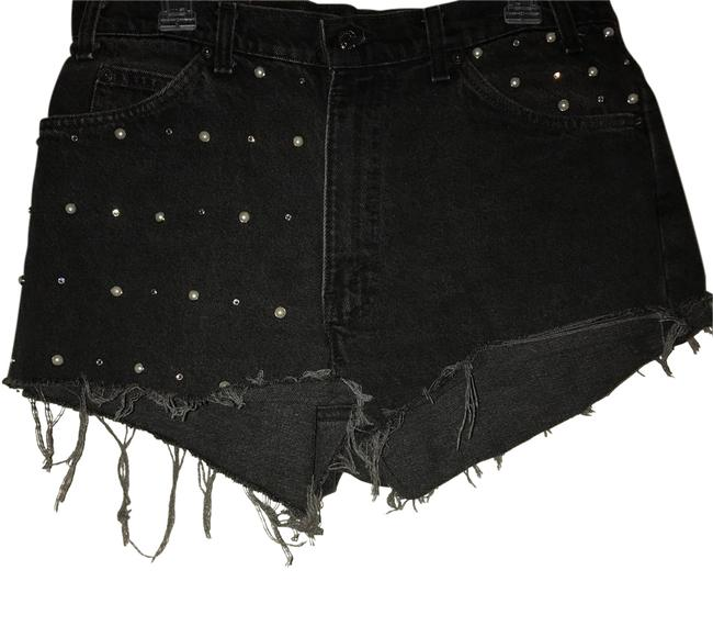 Preload https://img-static.tradesy.com/item/21286581/urban-renewal-black-nwot-outfitters-high-rise-shorts-size-12-l-32-33-0-1-650-650.jpg