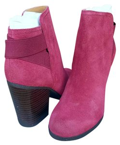 Kenneth Cole Reaction Raspberry Boots