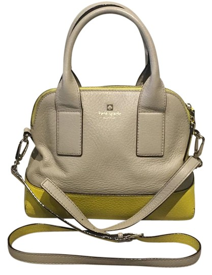 Preload https://img-static.tradesy.com/item/21287068/kate-spade-satchel-beige-and-yellow-leather-cross-body-bag-0-1-540-540.jpg