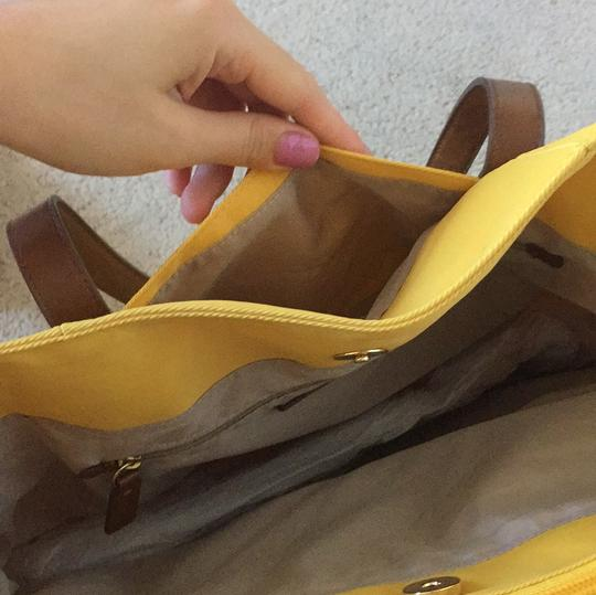 Banana Republic Tote in Yellow with brown leather straps Image 4