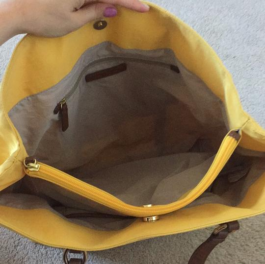 Banana Republic Tote in Yellow with brown leather straps Image 5