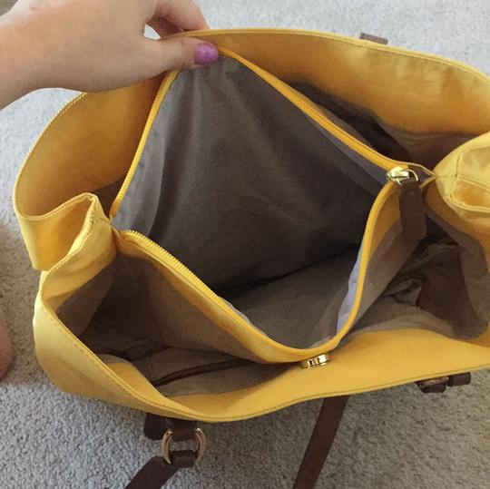 Banana Republic Tote in Yellow with brown leather straps Image 7