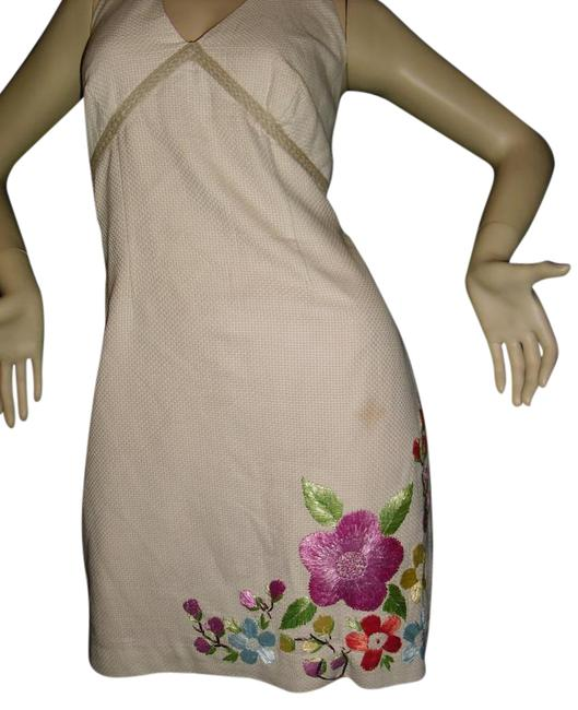 Item - Beige Fuschia Leaf Green Backless Pink Embroidered Flowers Floral Bouquet Mid-length Short Casual Dress Size 8 (M)