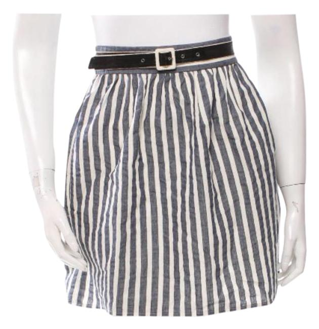 Preload https://img-static.tradesy.com/item/21287956/alice-olivia-navy-and-creme-striped-miniskirt-size-0-xs-25-0-1-650-650.jpg