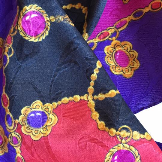 Other silk scarf Image 4