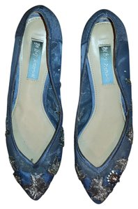 Betsey Johnson Blue Flats