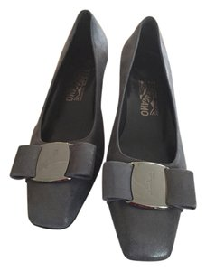 Salvatore Ferragamo Grey brushed leather Flats