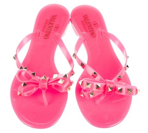 Valentino Gold Hardware Jelly Bow Rockstud Spike Pink, Gold Sandals