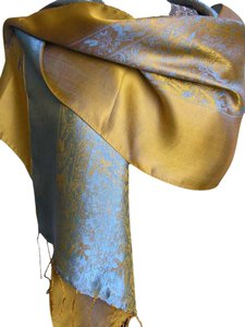 Fandori NEW Fandori Silk Scarf with Contrasting Color-Blue and Gold