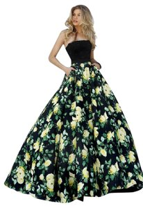 Sherri Hill Lace Ball Gown Floral Embellished Formal Dress