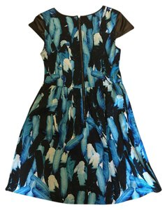 Kensie Pattern Feathers Short Colorful Dress