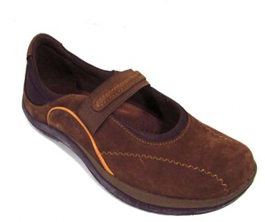 Earth Leather Mary Jane Casual Walking Comfortable Brownstone Athletic