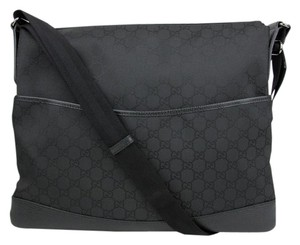 Gucci Black Gg Nylon Messenger Shoulder Bag
