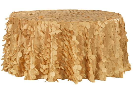 Preload https://item3.tradesy.com/images/gold-lot-of-8-132-round-and-8-90x132-tablecloth-21293462-0-0.jpg?width=440&height=440