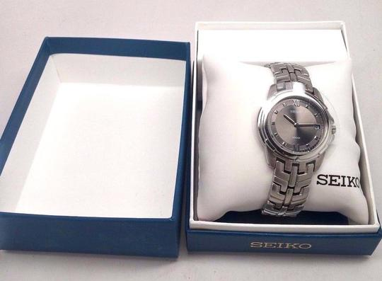 Seiko SG E653 Mens Charcoal Dial Analog Quartz Watch with Stainless Steel Strap