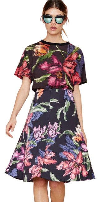 Preload https://item1.tradesy.com/images/cmeo-collective-rather-be-free-night-lily-midi-skirt-size-2-xs-26-21293765-0-1.jpg?width=400&height=650