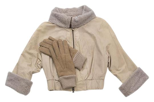Preload https://img-static.tradesy.com/item/21293778/brunello-cucinelli-light-beige-highest-quality-of-cashmere-super-warm-glove-scarfwrap-0-1-540-540.jpg