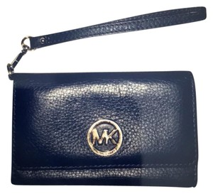 Michael Kors Wristlet in navy