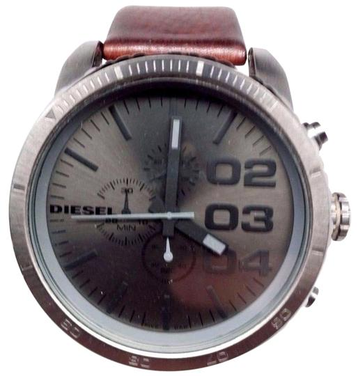 Preload https://item1.tradesy.com/images/dvanced-chronograph-grey-dial-mens-dz4210-heavy-scratches-watch-21293915-0-1.jpg?width=440&height=440