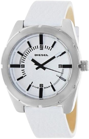 Preload https://item2.tradesy.com/images/z1599-white-leather-strap-dial-mens-watch-21294026-0-1.jpg?width=440&height=440