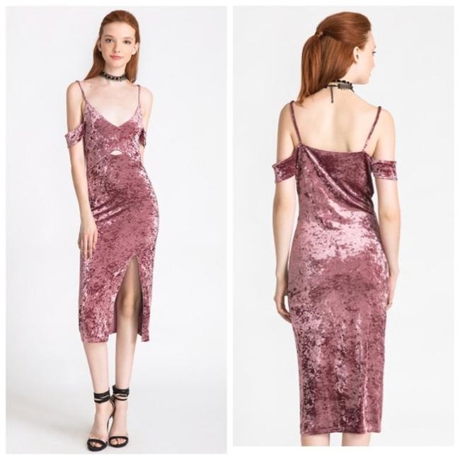 Preload https://item4.tradesy.com/images/sans-souci-dusty-pink-velvet-cold-shoulder-medium-mid-length-night-out-dress-size-8-m-21294193-0-0.jpg?width=400&height=650