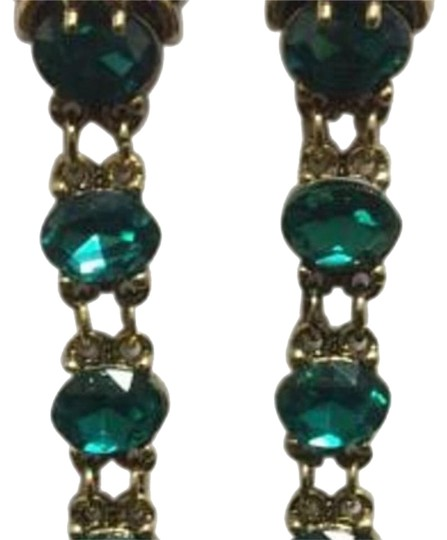 Preload https://img-static.tradesy.com/item/21294416/lion-head-gold-electroplated-emerald-sinox-crystals-post-earrings-0-1-540-540.jpg