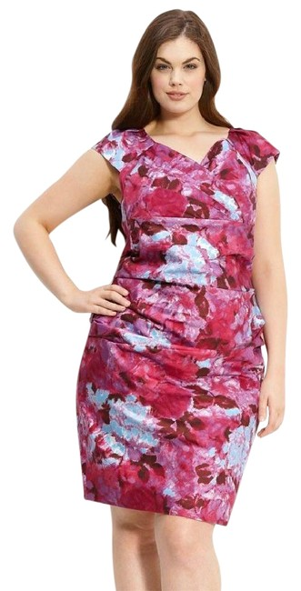 Preload https://item1.tradesy.com/images/suzi-chin-for-maggy-boutique-pink-floral-print-ruched-short-workoffice-dress-size-22-plus-2x-21294460-0-1.jpg?width=400&height=650
