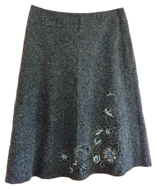 Preload https://item5.tradesy.com/images/new-york-and-company-gray-knee-length-skirt-size-10-m-31-21294559-0-1.jpg?width=400&height=650