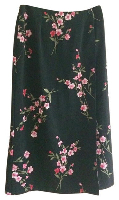 Preload https://item4.tradesy.com/images/requirements-black-with-pink-midi-skirt-size-petite-8-m-21294668-0-1.jpg?width=400&height=650