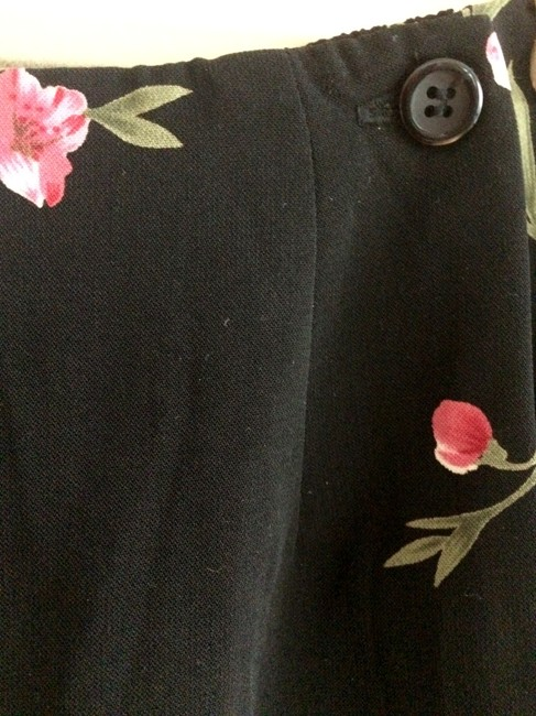Requirements Floral Lightweight Skirt Black with pink