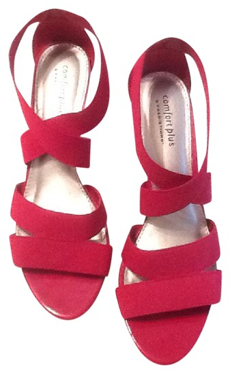 Preload https://item3.tradesy.com/images/red-comfort-plus-wedges-size-us-95-regular-m-b-21294827-0-1.jpg?width=440&height=440