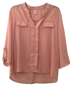 Other Top peach with pearls and rhinestones
