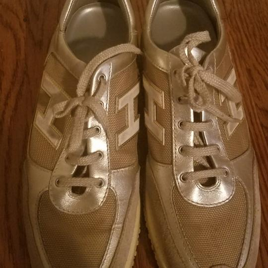 Hogan Sneakers beige and gold Athletic