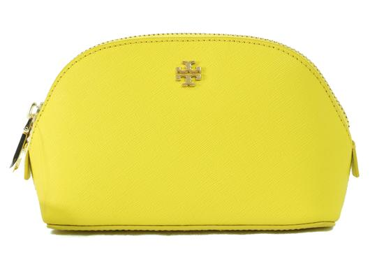 Preload https://item3.tradesy.com/images/tory-burch-yellow-york-small-cosmetic-bag-21295332-0-0.jpg?width=440&height=440