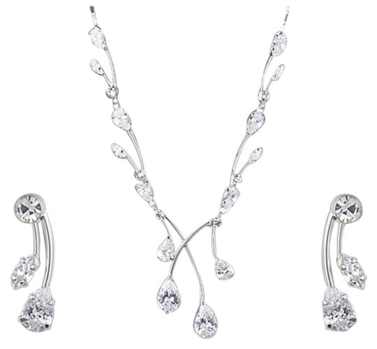 Preload https://img-static.tradesy.com/item/21295356/silver-swarovski-crystals-waterdrop-necklace-0-1-540-540.jpg