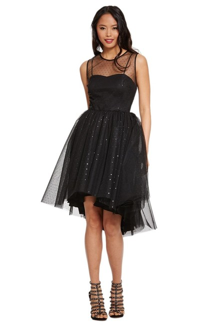 Preload https://item1.tradesy.com/images/donna-morgan-black-tulle-high-low-fit-and-flare-party-mid-length-cocktail-dress-size-14-l-21295385-0-0.jpg?width=400&height=650