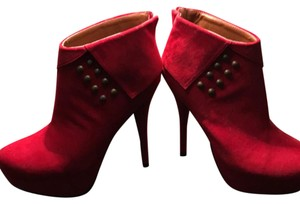 C Label Red Boots