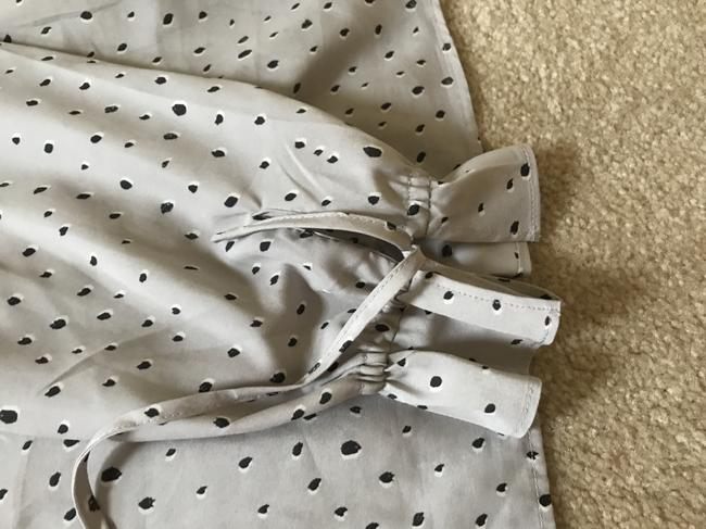 Banana Republic Top Light grey with black dot