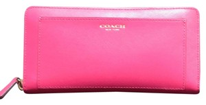 Coach Coach Zip Around Wallet