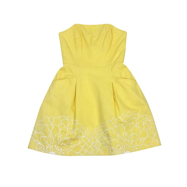 Preload https://img-static.tradesy.com/item/21296954/lilly-pulitzer-yellow-embroidery-short-casual-dress-size-8-m-0-0-650-650.jpg