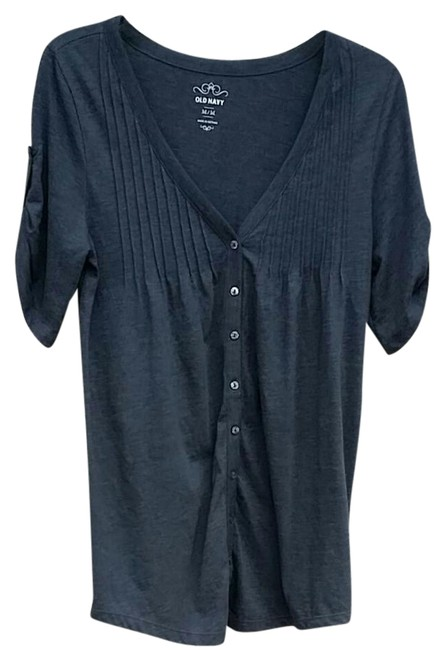 Preload https://img-static.tradesy.com/item/21297363/old-navy-grey-tunic-button-down-top-size-8-m-0-1-650-650.jpg