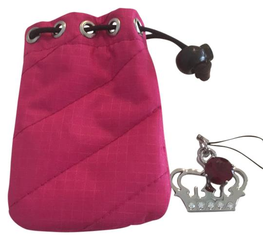 Preload https://img-static.tradesy.com/item/21297646/juicy-couture-pink-pouch-and-keychain-0-1-540-540.jpg