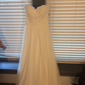 Sincerity Bridal Beatufiul Never Worn Strapless Size 8 Wedding Gown Wedding Dress